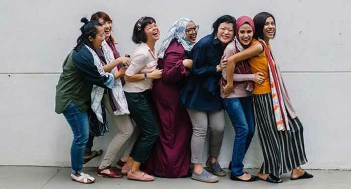 women freinds diversity diverse